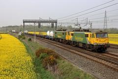 86622 86614 4K64 Halebank (cmc_1987) Tags: 86622 86614 4k64 garstonflt crewebasfordhall intermodal class86 doubleheader wcml railfreight acelectric britishrail br powerhaul