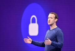 انتهاك جديد ، فيس بوك قام بتحميل جهات اتصال لـ 1.5 مستخدم دون قصد (Wikibia) Tags: انتهاك جديد ، فيس بوك قام بتحميل جهات اتصال لـ 15 مستخدم دون قصد