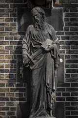 Apostelfigur Paulus (michael_hamburg69) Tags: hamburg germany deutschland mahnmal stnikolai nikolaikirche kirche church ruine ruin museum male sculpture skulptur apostelfigur paulus sculptor bildhauer ludwigwinck