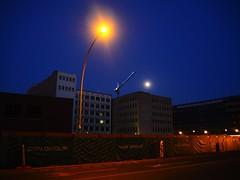 Berlin (Meg Kamiya) Tags: berlin germany deutschland olympus omd em10 colour night light crane construction