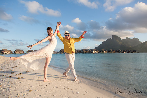 Zazie & Zorro - The Four Seasons - Bora Bora