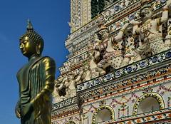 Wat Arun Buddha (gerard eder) Tags: world travel reise viajes asia southeastasia thailand bangkok watarun temple templos tempel buddha buddhism sculpture skulptur escultura sacral sacralbuilding happyplanet asiafavorites