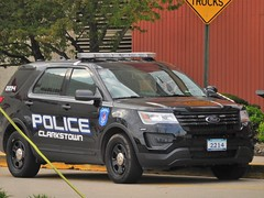 Clarkstown, New York  Police (5th Pipeman) Tags: cpd police car rmp new york cops ford suv