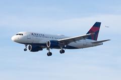 Delta Air Lines Airbus A319 N366NB (jbp274) Tags: lax klax airport airplanes delta dl airbus a319