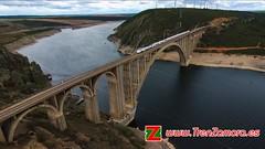 Primavera (Luis Cortés Zacarías) Tags: martin gil zamora tren embalse puente palacios ferrocarril manzanal viaducto alvia 730