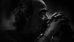 El abuelo (Diego Epstein) Tags: portrait retrato blancoynegro blackandwhite elderly 85mm vivitar f14 hands elder