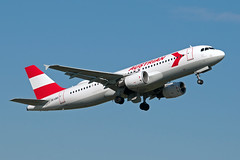 OE-LBO_20190419_50096_M (Black Labrador13) Tags: oelbo airbus a320 a320214 austrian airlines retrojet bru ebbr avion plane aircraft vliegtuig airliners civil
