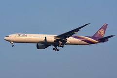 Thai Airways HS-TKQ (Howard_Pulling) Tags: thai airways thailand landing bangkok bkk phoenixhotel