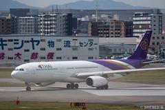 Fukuoka Airport 2019.4.13 (26) (double-h) Tags: omd em1markii omdem1markii lumixgxvariopz45175mmf4056asphpowerois rjff fuk fukuokaairport 福岡空港 airplane 飛行機 observationdeck 展望デッキ