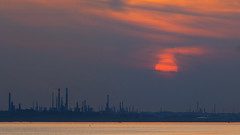 Fawley Industrial Sunset (fstop186) Tags: sunset solent sea fawley oilrefinery goldenhour silhouette reflection