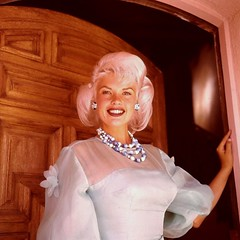 Jayne Mansfield (poedie1984) Tags: jayne mansfield vera palmer blonde old hollywood bombshell vintage babe pin up actress beautiful model beauty hot girl woman classic sex symbol movie movies star glamour girls icon sexy cute body bomb 50s 60s famous film kino celebrities pink rose filmstar filmster diva superstar amazing wonderful photo picture american love goddess mannequin black white tribute blond sweater cine cinema screen gorgeous legendary iconic color colors lippenstift lipstick busty boobs oorbellen earrings ketting chain jurk dress