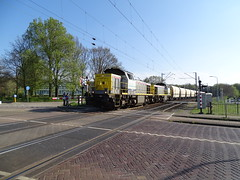 Lineas 7866 + 7867 with Lime Train at Venlo,the Netherlands , April 10,2019 (Treinemanke) Tags: lineas 7866 7867 lime train limetrain freighttrain