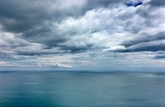 Mattinata, Puglia (vannuc) Tags: colors nature cielo sky nuvole nubi orizzonte horizon location wedding italy puglia mattinata mare clouds sea