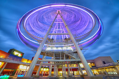 Ferris Wheel, 台中三井outlet (Vincent_Ting) Tags: 摩天輪 台中 taichung outlet 台中三井outlet ferriswheel