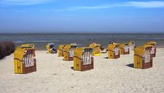 Strandkörbe-diagonal in Linien (jezebel_cux) Tags: cuxhaven deutschland niedersachsen pentaxk3ii strandundküste affinityphoto 2019 hdpentaxda2040mmf284edlimiteddcwr mghprojekt