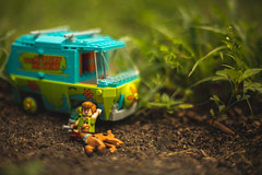 4:20 on 4/20 (3rd-Rate Photography) Tags: scoobydoo shaggy weed bong marijuana 420 dank smoke lego toy toyphotography jacksonville florida 3rdratephotography earlware canon 50mm 5dmarkiii