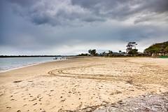 Cabbage Tree Point (simonmgc) Tags: beach cabbagetreepoint goldcoast overcast sand steiglitz tipplers