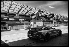 _Z717852 copy (mingthein) Tags: thein onn ming photohorologer mingtheincom availablelight pitlane gt3 racing sepang malaysia cars bw blackandwhite monochrome nikon z7 24120vr