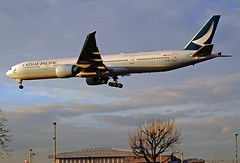 Cathay Pacific 777-300(ER) (Infinity & Beyond Photography: Kev Cook) Tags: cathay pacific airways airlines boeing 777 b777 777300 aircraft airplane airliner london heathrow airport lhr myrtle avenue ave photos planes