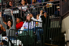 042019-NM-110828 (coloradoeagles) Tags: 201819 fans