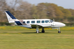 G-LYDF Piper PA-31-350 Navajo Chieftain (amisbk196) Tags: airfield aircraft headcorn amis flickr 2019 unitedkingdom kent uk lashenden glydf piper pa31350 navajo chieftain