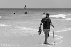 Walking man (1968photo) Tags: man person people monochrome monotone blackandwhite bw svartvit sv beach strand fuerteventura 1968photo ocean waves vågor vatten atlanten spanien spain kanarieöarna canaryislands stick walker wanderer