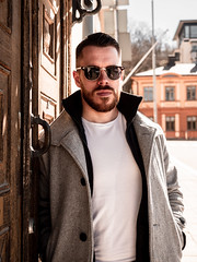 Herman_20190421_2099 (roni.laakso94) Tags: herman turku outdoor finland city sights nature moody yellow orange sunny spring photoshooting model man sunnies sunglasses photography varsinaissuomi forest
