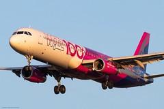 Wizz Air (czirokbence) Tags: wizz air airbus a321 canon eos 80d lhbp bud airplane airliner aircraft jet jetliner planespotter planespotting spotter