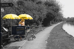 Sunny Ice Cream Stall (phoebe.horner) Tags: canon camera picture photography photo photographer photos 700d england britain british canal grand union outdoor outdoors outside barge boat boats buckingham river ouse milton keynes northamptonshire cosgrove