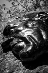 Kopf BW (Markus Holsträter) Tags: nikon d3300 deutschland königswinter schwarz weis black white blackwhite willi ostermann denkmal gesicht kopf outdoor outside