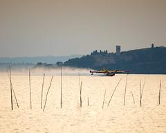 Pasqua di fuoco (Cristiano Pelagracci) Tags: canadair trasimeno water nature isolamaggiore canon umbria vvff vigilidelfuoco landscape airplane