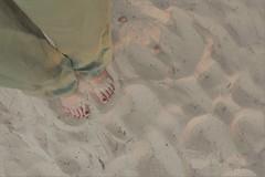 Sunday afternoon selfie (heleconia) Tags: sunday sunset fotografie farbfotografie farbbild horizontal füse sand apartofme