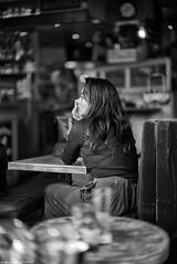 L'absence (Mathieu HENON) Tags: leica leicam noctilux m240 50mm monochrome laphotodulundi nb bw bnw noirblanc blackwhite streetphoto street streetlife photoderue france paris 4ème arrondissement jeunefemme absence moment bar terrasse bistrot quaidegesvres