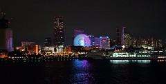 (Human-Faced Bun & Honey Pudding) Tags: night shot scene urban sea port pear great light ferris wheel building tower ship hotel reflection cityscape skyline