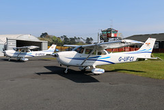 G-UFCI_G-UFCG (GH@BHD) Tags: gufci gufcg cessna c172 cessna172 skyhawk ulsterflyingclub newtownardsairfield newtownards aircraft aviation
