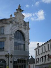 """Ancien magasin """"Nouvelles Galeries"""" (1900) - Place François 1er, Cognac (16) (Yvette G.) Tags: brasserie restaurant cognac 16 charente poitoucharentes nouvelleaquitaine architecture belleépoque artnouveau grandsmagasins nouvellesgaleries"""