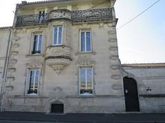 Maison de style Art Nouveau (1908-1910) - 68 rue Marguerite de Navarre, Cognac (16) (Yvette G.) Tags: cognac 16 charente poitoucharentes nouvelleaquitaine architecture belleépoque artnouveau louisballet