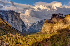 Golden Hour at Tunnel View (Greg Lundgren Photography) Tags: yosemite yosemitenationalpark nationalpark california travel mountains sierranevada vacation nature westcoast tunnelview bridalveilfalls elcapitan halfdome yosemitevalley goldenhour