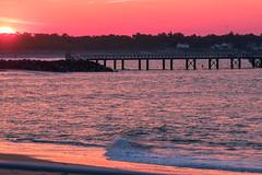 vaguelette sournoise le matin (guy dhotel) Tags: aube sunrise océan pertuisbreton vaguelette