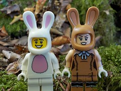 🐰 Happy Easter 2019 🐰 (Lego Custom Zone) Tags: lego minifigure toy rabbit bunny easter love march harriet spring date minifigs toys