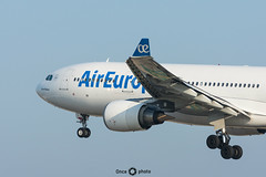 A330-200 - Air Europa - David Bisbal (Once Photo) Tags: 737 747 a320 a321 a350 a380 bcn lebl airbus aircraft airplane airport avgeek aviation aviationdaily aviationgeek aviationlovers aviationphotography boeing crew d7200 flight fly flying instaplane landing nikon nikond7200 photography pilot pilotlife plane planes planespotter planespotting rampagent sunset takeoff tamron aireuropa davidbisbal a330
