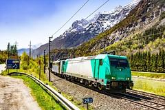 Lokomotion 185 576 und 151 060 mit dem 42296 (DannyHeinrich) Tags: 185 151 lokomotion stegenwald sulzau bahn