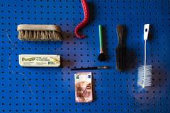 Schmutzhaken (ruthlesscrab) Tags: brush pegboard blue tentacle wah werehere hereios