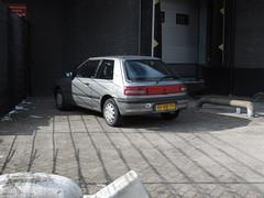 HF-RB-79, Mazda 323 3 drs Hatchback, 1598 cc, 36-11-1993, geëxporteerd 17-11-2018, spotlocatie: Oosteinde, Barendrecht (gti505) Tags: hfrb79 mazda3233drshatchback 1598cc geëxporteerd17112018 spotlocatieoosteinde barendrecht 26111993