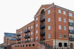 20190415 0063 Royal Worcester Porcelain Works Appartments Birmingham Canal Worcester (rodtuk) Tags: 4star building buildings england flipublic flickr house midlands phototype places rating rodt roderict roderickt uk wip worcester worcestershire