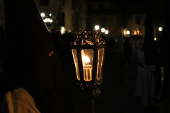 Semana Santa Oviedo 2019 (ILUSIONES ÓPTICAS. Comunicación y creación audi) Tags: semanasanta hollyweek religion religiousart farol nazarenos asturias spain