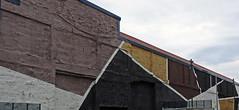arquitectura y geometría, en una fachada ciega. (Luis Mª) Tags: arquitectura geometría fachadasciegas afiiae