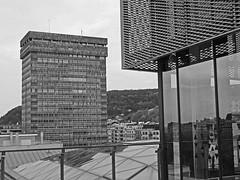 arquitectura y geometría. (Luis Mª) Tags: arquitectura geometría monocromático blancoynegro afiiae sansebastián donostia