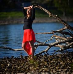 Shooting with Pia (nikoraffsd850) Tags: beach strand rheinufer model shooting modelshooting top tfp