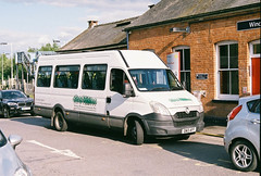 HartleyWitneyCB-GN13AFF-WinchfieldStn-1-100518a (Michael Wadman) Tags: hartleywitneycommunitybus gn13aff winchfield ivecodaily